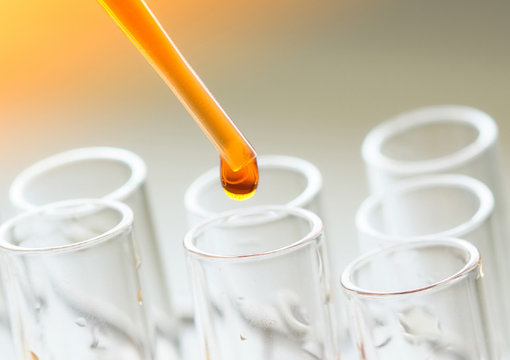 Cannabis Microextraction pipette and test tubes
